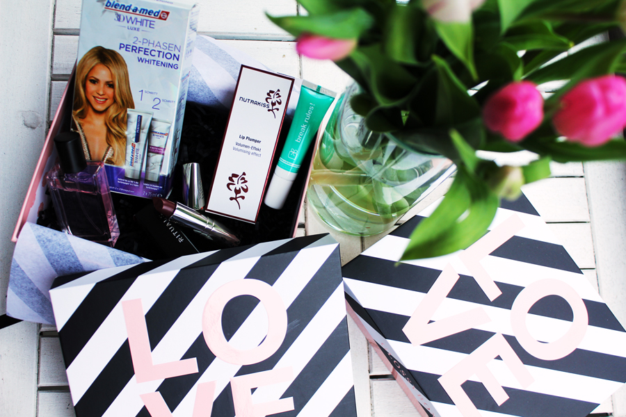 LOVE is all around x Glossybox Special